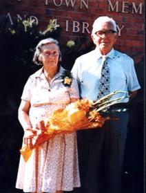 Ella and Alan Davis 1984.jpg